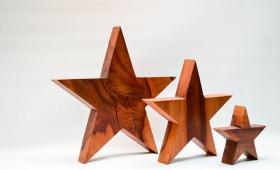 Sterne aus Birnenholz